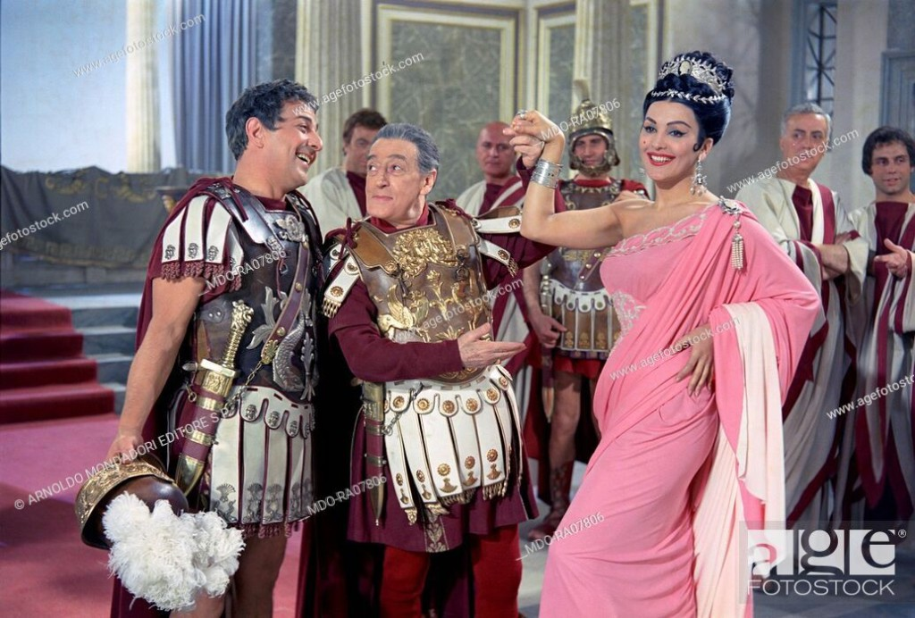 Italian circus queen and actress Moira Orfei (Miranda Orfei) in a scene from the film 'Toto and Cleopatra', 1963, directed by Fernando Cerchio, Italy.